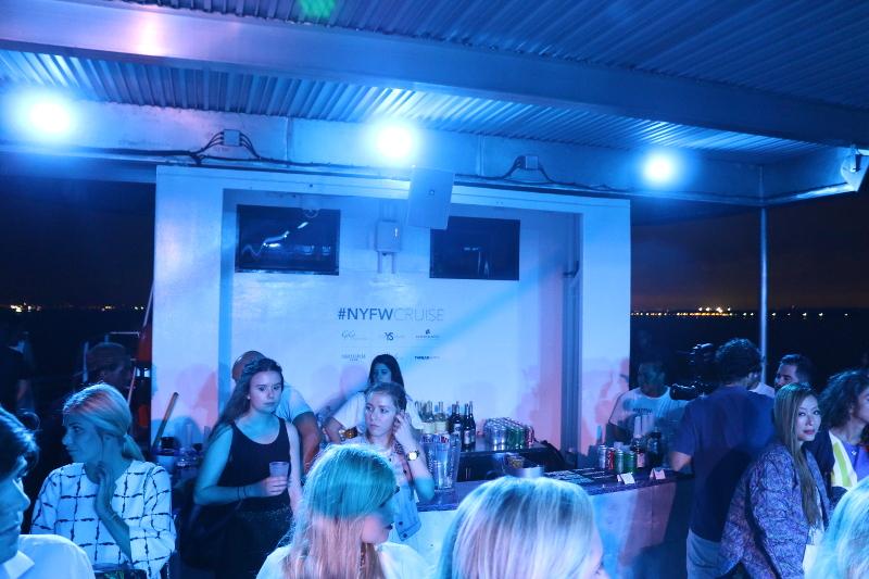 NYFW-Cruise-bar-8