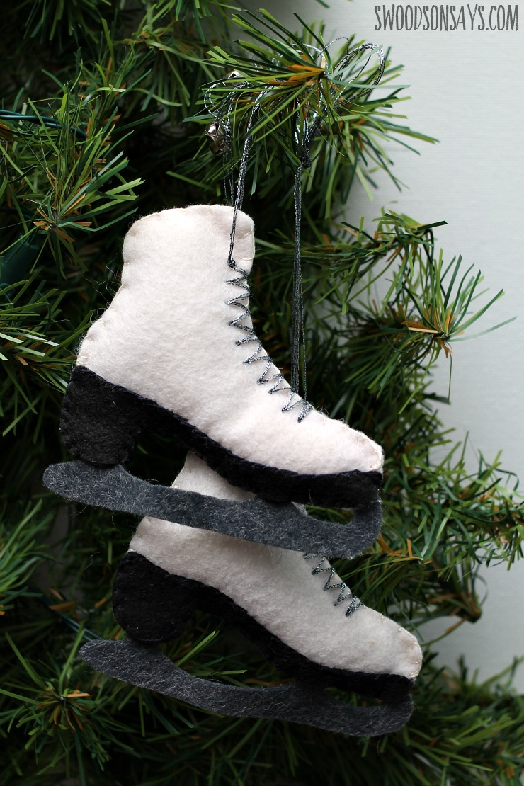 a free sewing pattern for a felt ice skate ornament from swoodsonsayscom