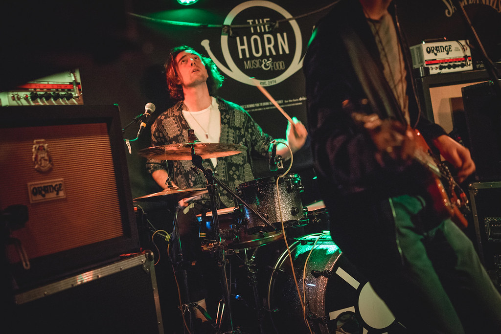 Vitamin supporting Sundara Karma at the Horn