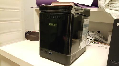 QNAP TS-453mini ด้านหน้า
