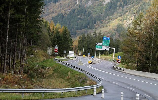 E25 highway into chamonix