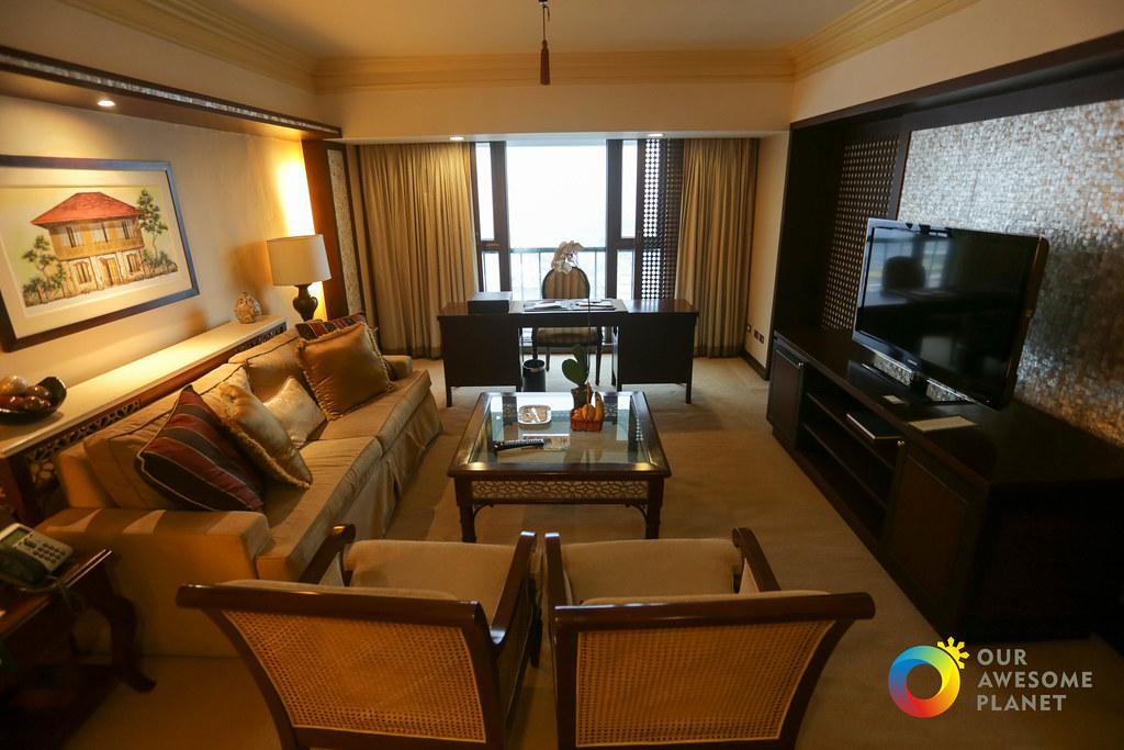 Manila Hotel Christmas Staycation Arrival-7.jpg