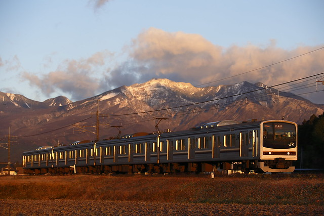 Series 205 Type 600 with Nikko mountain range