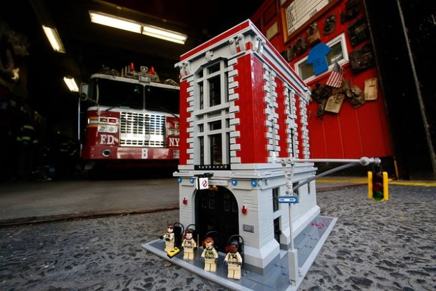 75827 Ghostbusters Firehouse Headquarters Revealed News The