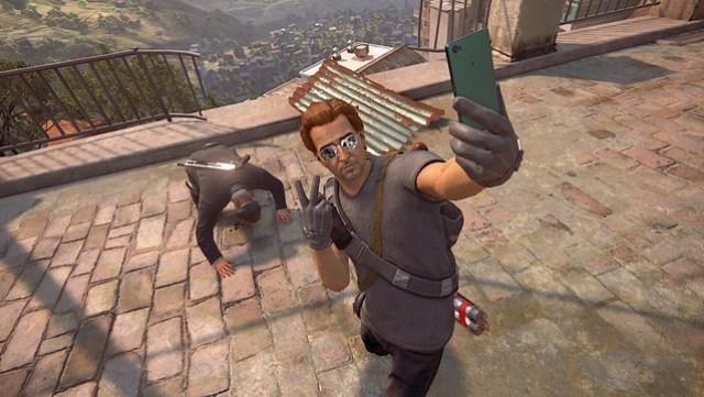 Uncharted 4 selfie pose