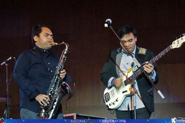 Mdan Christmas Jazz - Barry Likumahuwa - Ricad Hutapea (1)