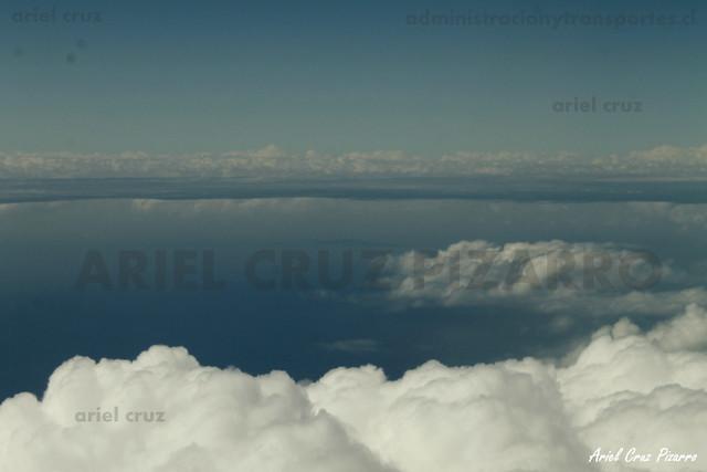 Nubes en vuelo LAN842
