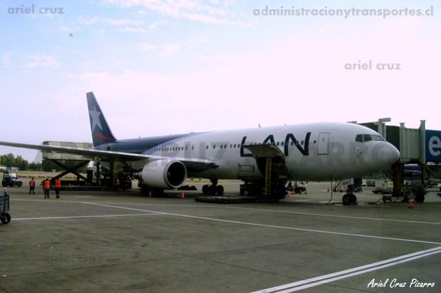 LAN Airlines - Santiago (SCL) - Boeing 767-316 CC-BDF