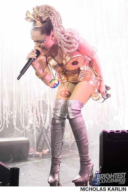 Miley Cyrus-28