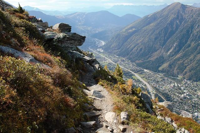 Path from Plan de l' Aiguille du Midi to Chamonix