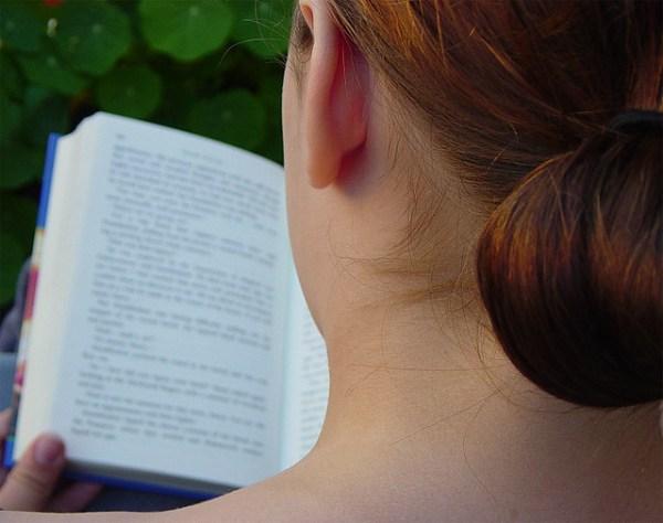 reading aloud: j reads Harry Potter (3)