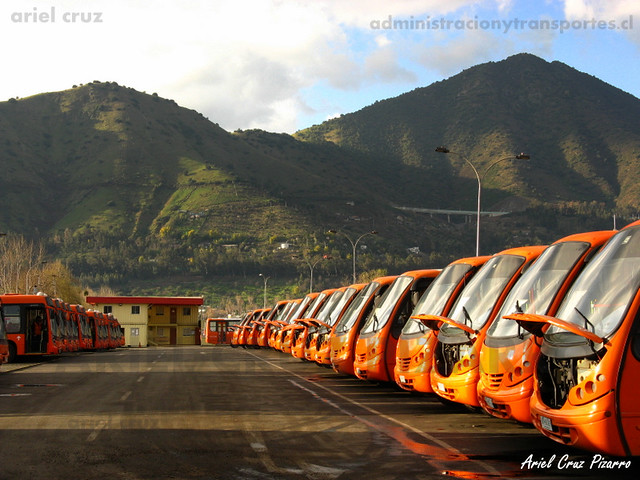Transantiago - Redbus Urbano - Neobus Thunder