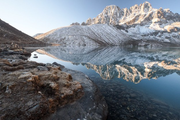 Frosty morning at Gokyo Lake