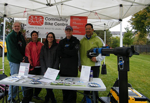 2015 05 Manitou Community Picnic Community Bike Centre booth_300