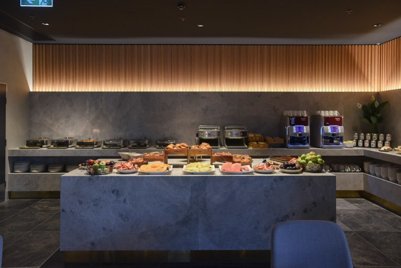breakfast buffet - novotel melbourne south wharf