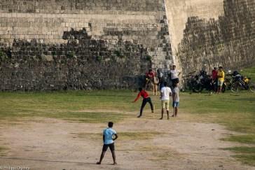 lust-4-life travel blog Sri Lanka jaffna-8 cricket