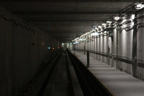 Underground guideway between Terminal 1 and the Midfield Concourse