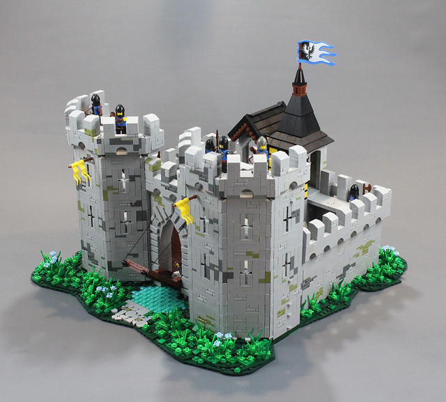 LEGO Castle UCS Black Falcon's Fortress