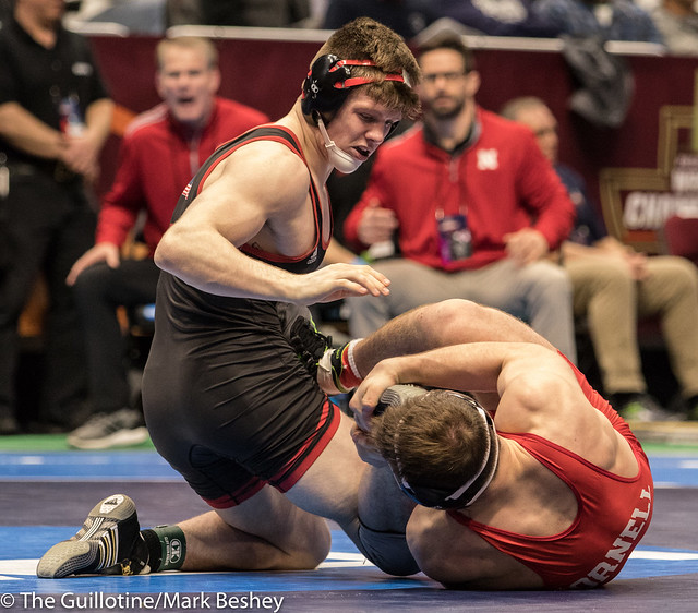 184 Cons. Round 5 - Taylor Venz (Nebraska) 28-8 won by decision over Maxwell Dean (Cornell) 31-5 (Dec 11-6) - 180316bmk0494
