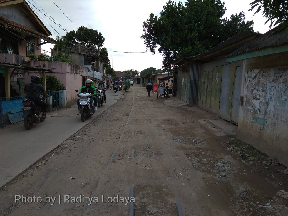 Jalur kereta api mati di Bandung 1 (2/3)