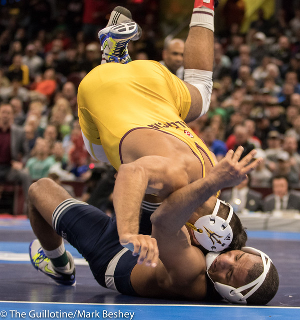 174 1st Place Match - Zahid Valencia (Arizona State) 32-0 won by decision over Mark Hall (Penn State) 32-1 (Dec 8-2) - 180317emk0015