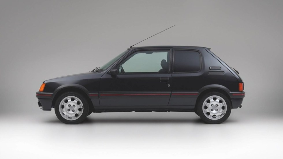 armored-peugeot-205-gti2