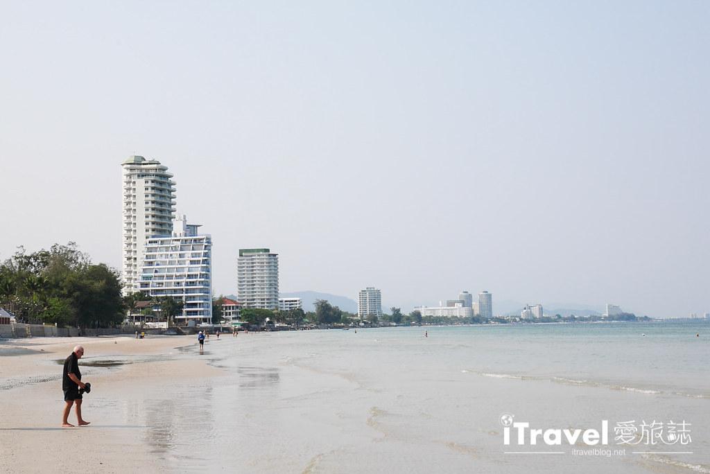 华欣景点推荐 筷子山海滩Khao Takiab beach (4)