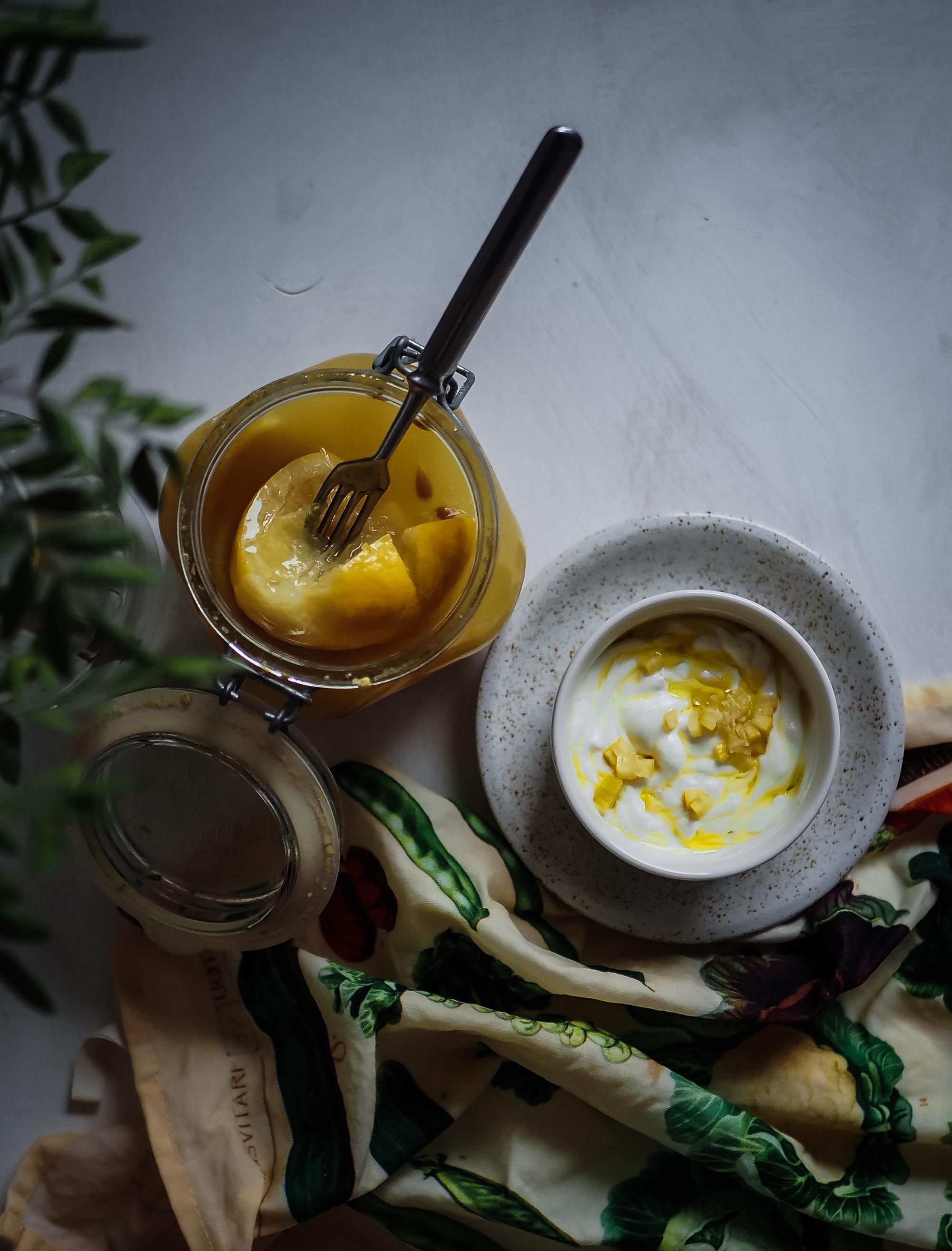 suolaan säilötyt sitruunat