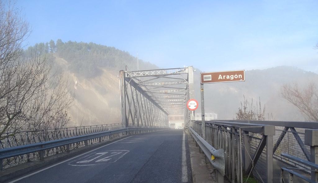 Sangüesa Puente sobre el rio Aragon Navarra 01