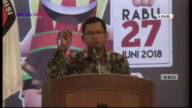 Ketua KPU Tulungagung Suprihno, M.Pd., saat memberikan sambutan dalam debat publik I paslon bupati/wakil bupati di Hall Istana Hotel (23/3)