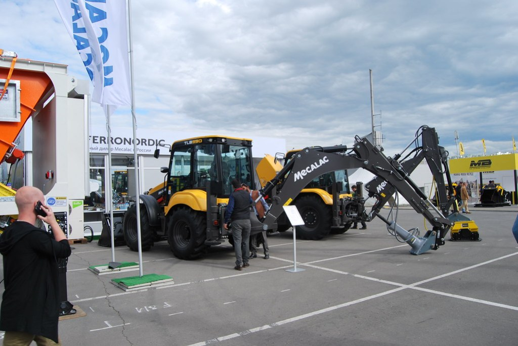 Mecalac TLB 990 PS