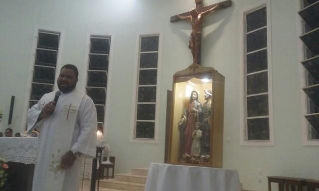 Entrega da Imagem Peregrina da Sagrada Família