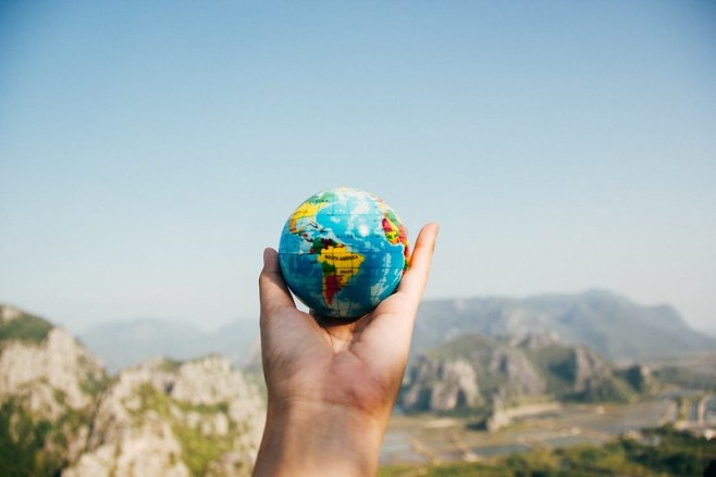 How Being Expats in a Foreign Country Can Benefit Your Family