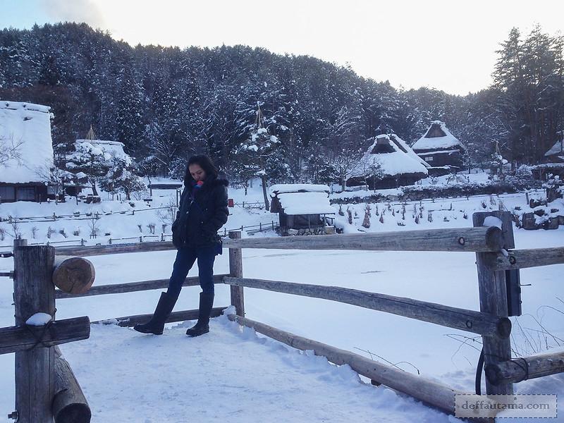 Babymoon ke Jepang - Goami Pond Photospot 1