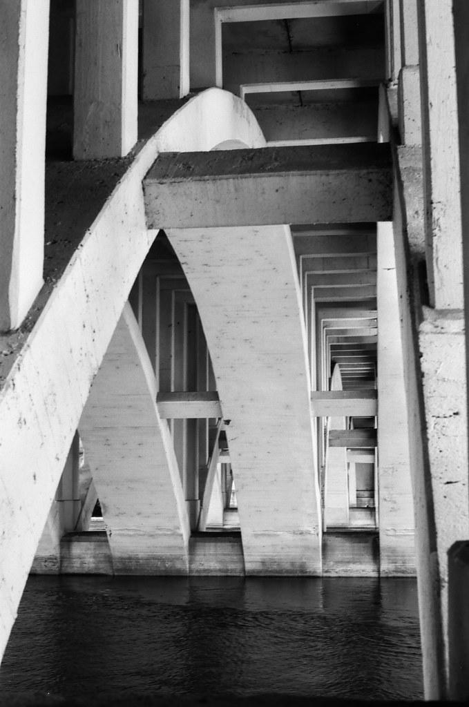 Twyckenham St. bridge