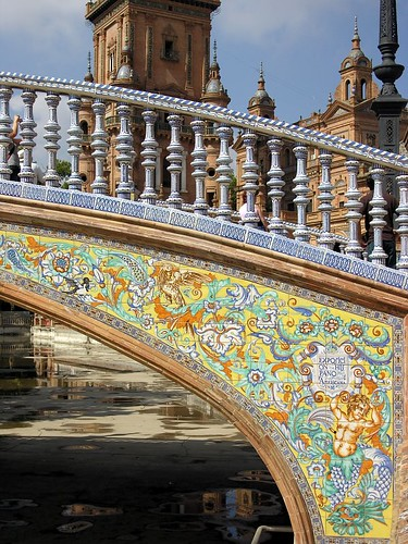 A bridge on Plaza de España