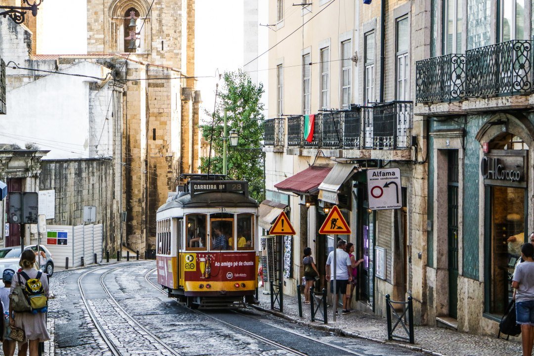 Alfama, tram 28, Lisbon