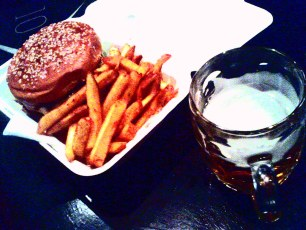 burger / chips / beer