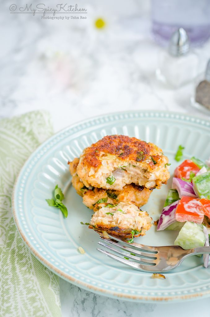 Salmon patties with fresh salmon