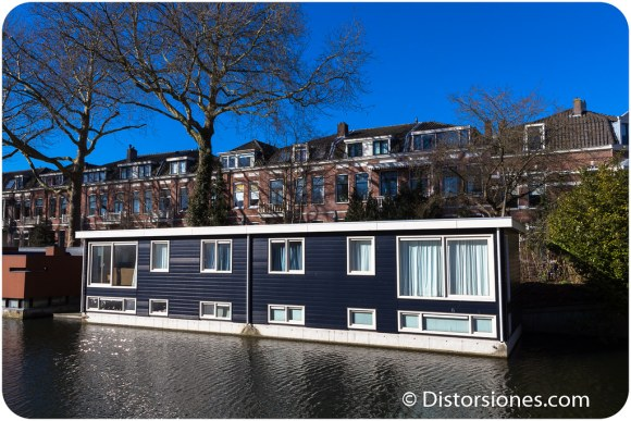 Casas flotantes semi-adosadas