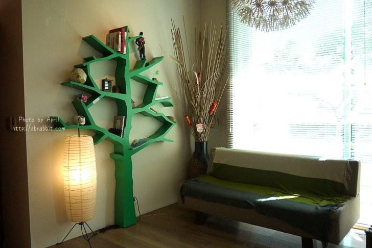 42874601232 ff247406f7 b - 台中獨立書房│羅布森書蟲房-號稱台中最美的森林系書店