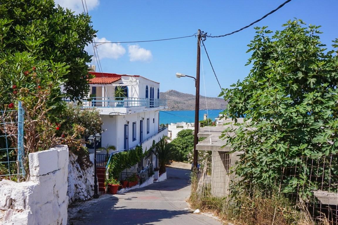 Sähköpyöräilyä Kreetalla