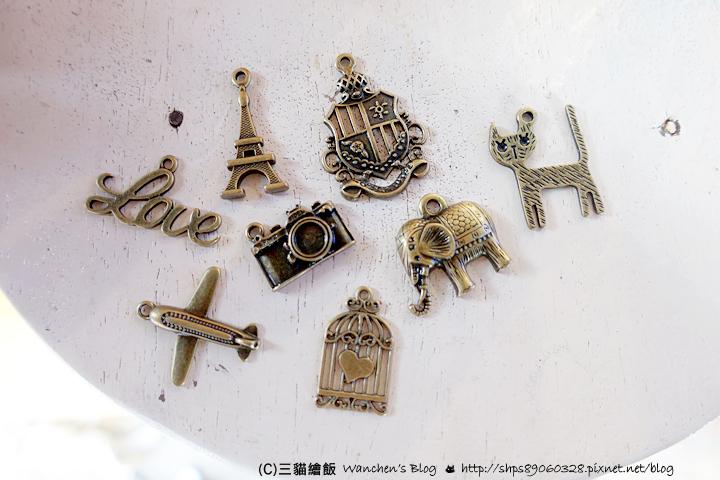 泰國 客製化 零錢包 護照套 實用伴手禮推薦(價格,款式) @ 三貓繪飯 :: 痞客邦