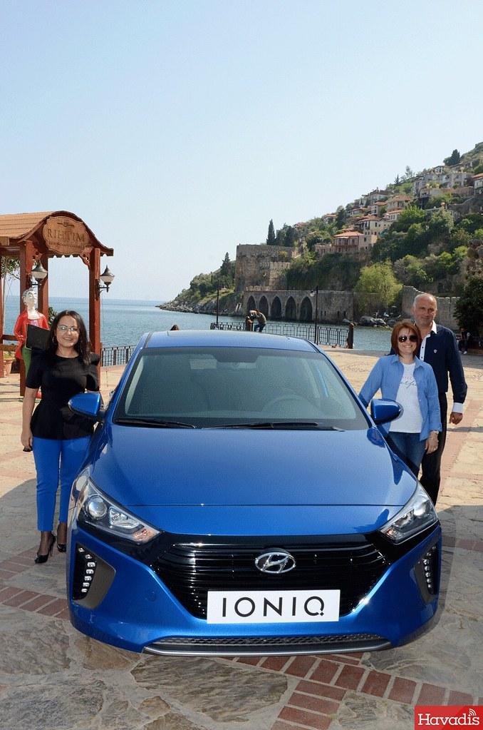 Hyundainin Yeni Nesil Araçları Kızıl Kule önünde Tanıtılıyor Www