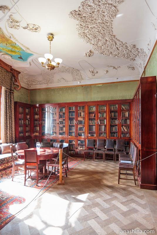 Библиотека, особняк Рябушинского, Москва
