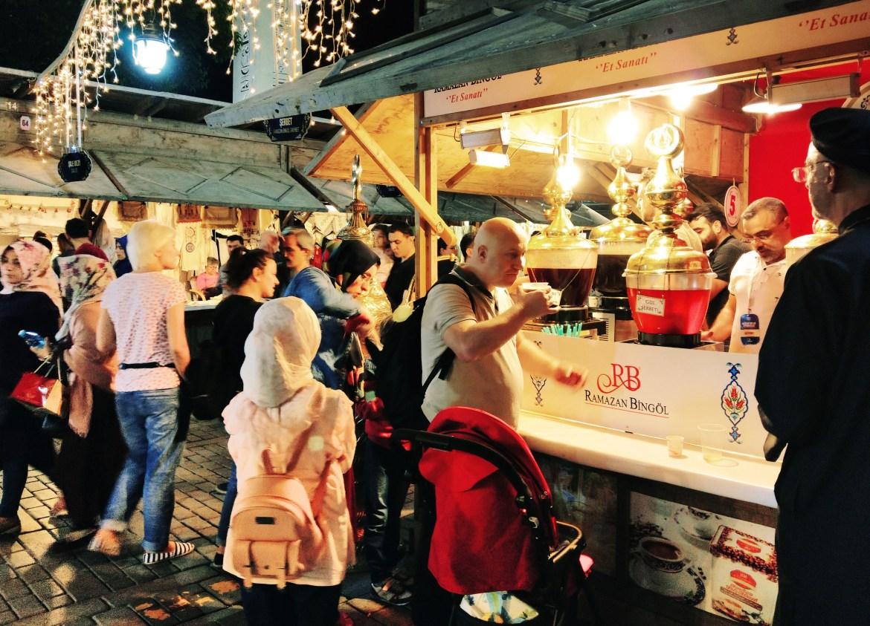5) Ramazan Market Selling Traditional Ottoman Drinks