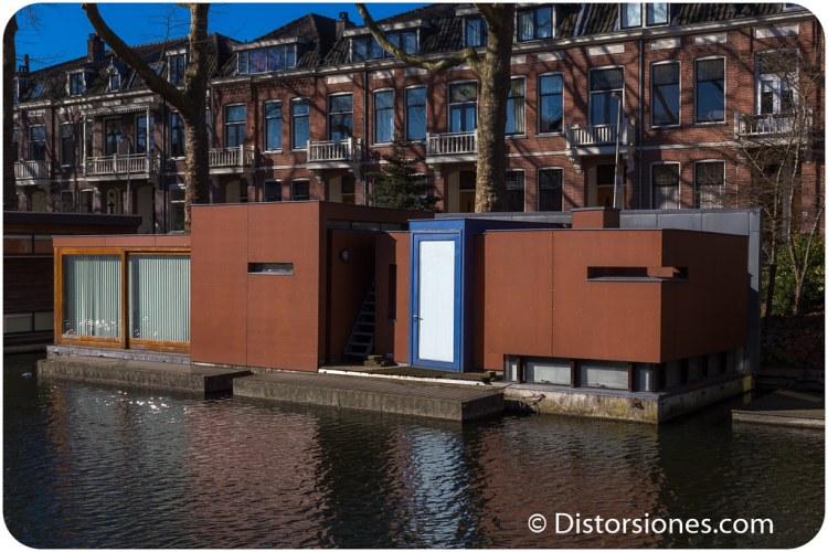 Diseño desastroso en casa flotante