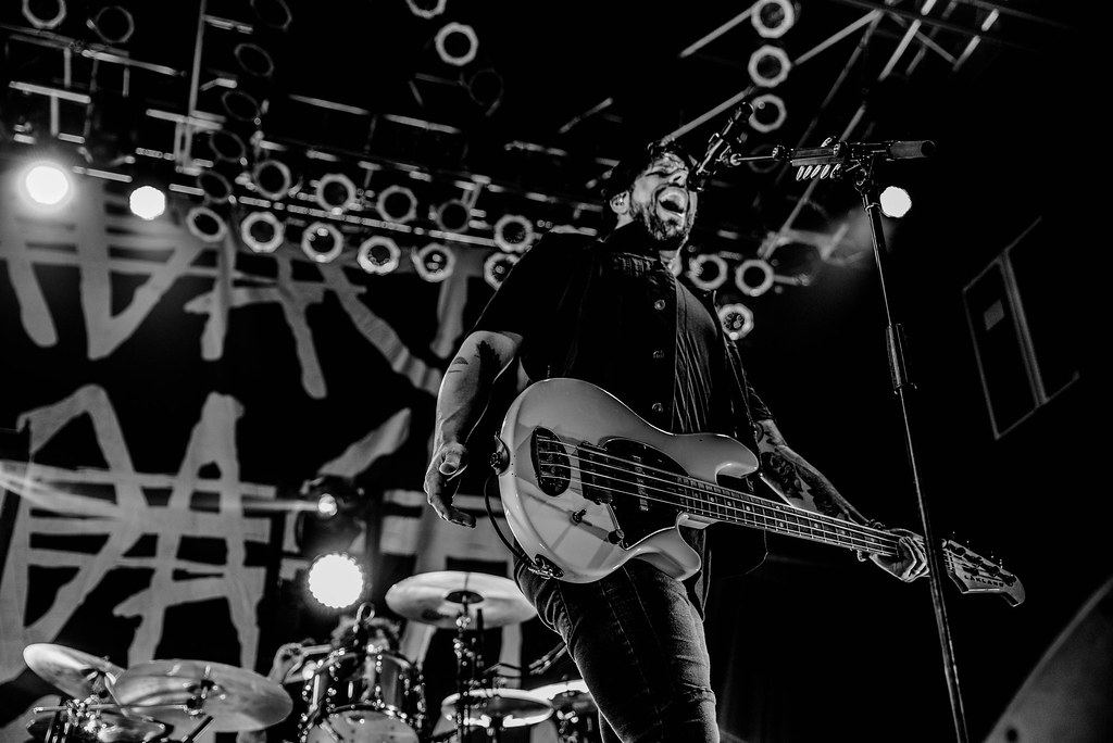 Photos Papa Roach Nothing More Escape The Fate House Of