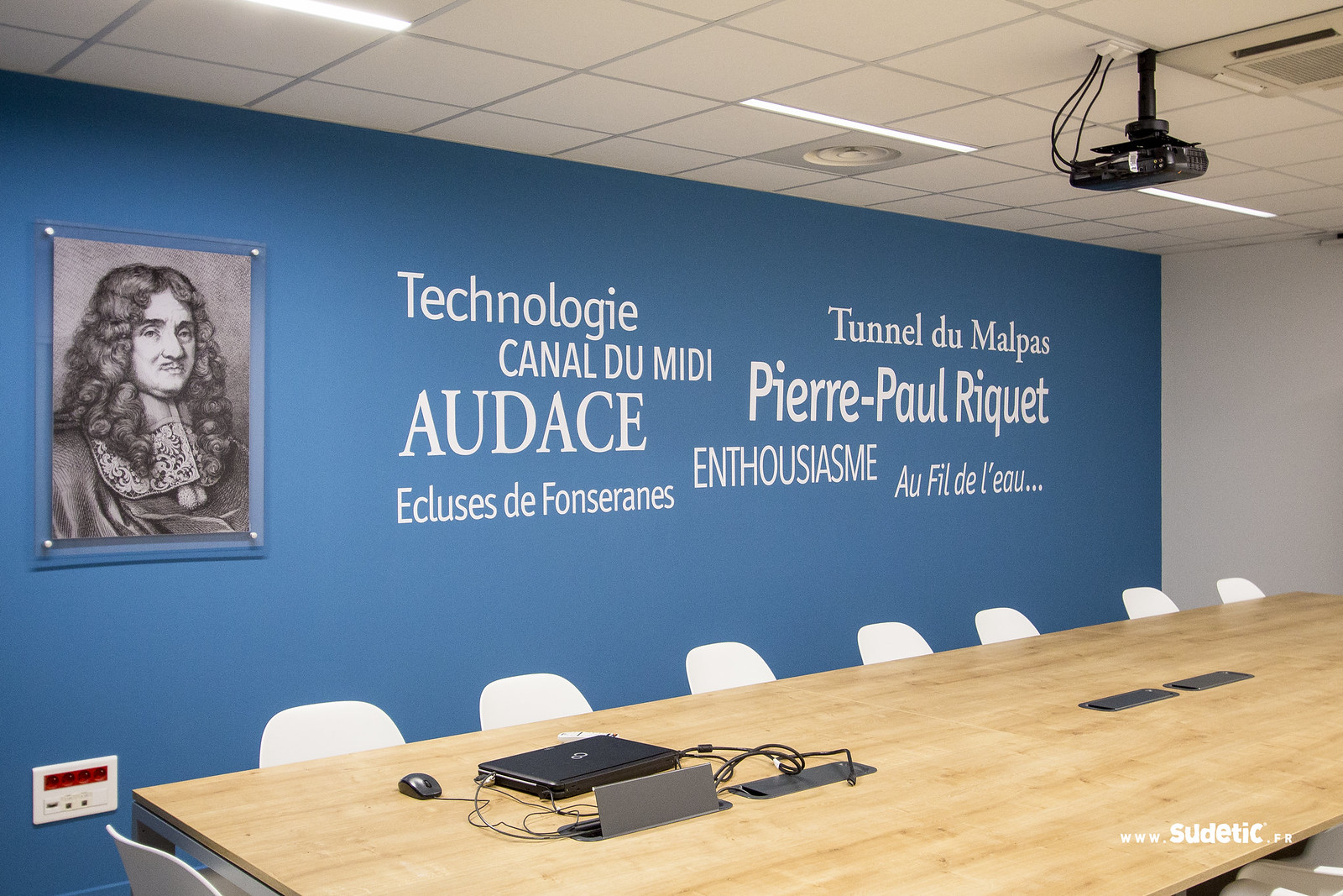 Sudetic deco salle reunion Agglo Beziers Med-5