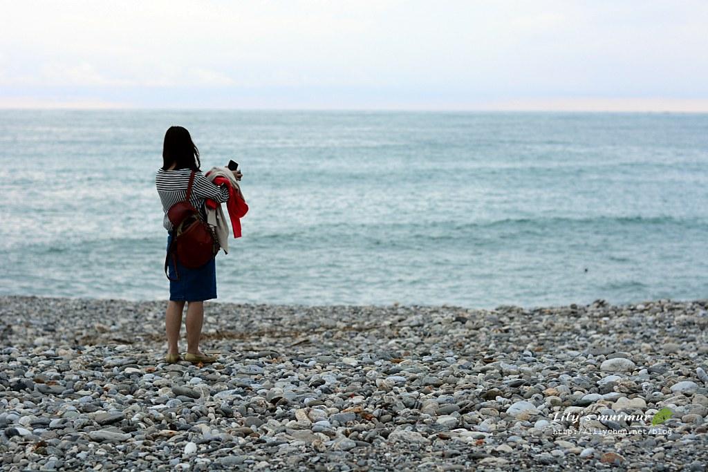圖說:我正在看海拍海順便放空。